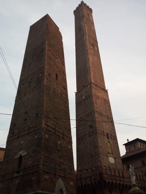 Bologna Torre degli Asinelli