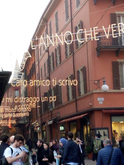 Bologna Via d'Azeglio dedicata a Lucio Dalla